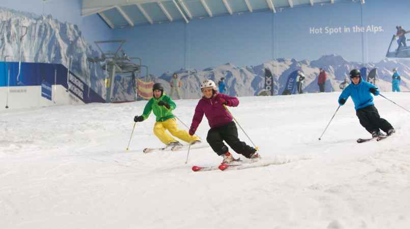 5 indoor skiing slopes in the uk