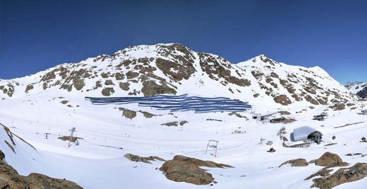 Pitzel Glacier solar panels