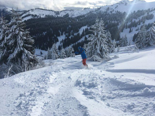 Morzine snowboarding