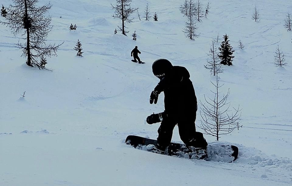 Snowboarding Off-Piste in the Dolomites