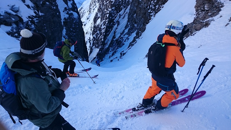 Heliski group off-piste skiing